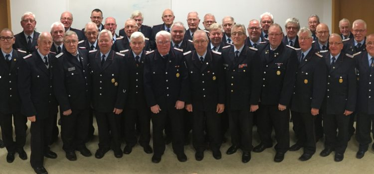 17.11.2016 Ehemalige Feuerwehrmänner trafen sich im Feuerwehrhaus Damme